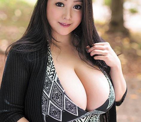 ブラコン超乳のお姉ちゃん人妻のクセに不貞な淫乱痴女で…おまけに弟チンポが大好きな困ったムチムチ熟女ですっ