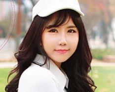 《韓流女子ゴルファー》エロレッスンはお手の物♡チンポの握りは極上でヌルヌルホールにINしてくれるデカチンを求めて来日