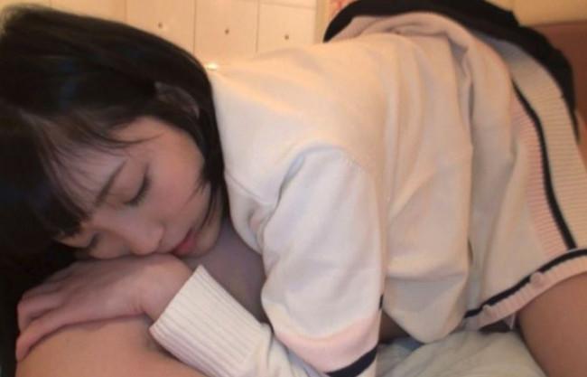 【援交】オジサン…ソコ…キモチいいよぉ♡制服ミニスカ生足でロリ好きオヤジをKO♡幼い性を売る黒髪ショートのイマドキ女子