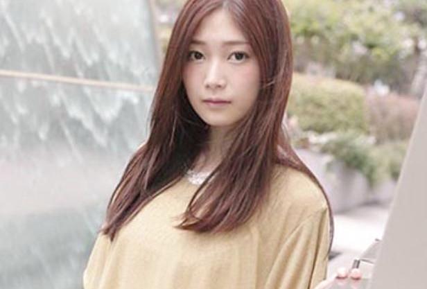 純朴美少女が田舎から上京/ヘンタイだらけの都会で初体験だらけなウブっ娘のドキュメンタリー~汚れる童顔爆乳の清純少女