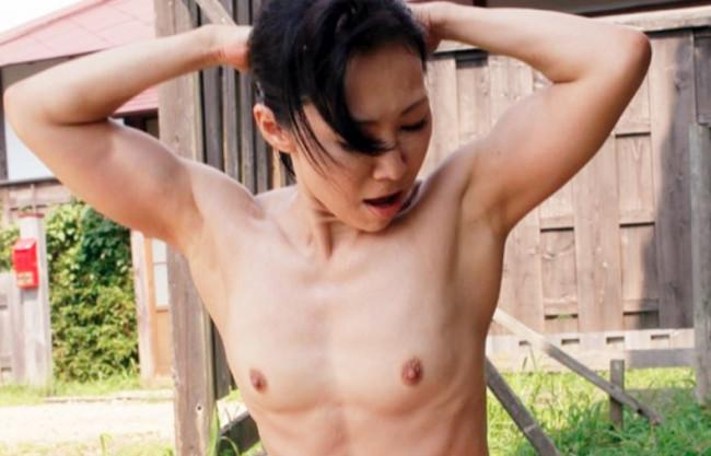 【筋肉×五十路熟女】愛するムスコを守るため…私鍛えてきました♥史上最強の完熟おばさんがムキムキの肉体で♂を喰らう