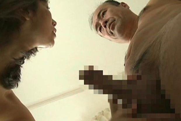 【熟女ポルノ】そそり立つ勃起チンポを前に…恥じらいもなく乱れる社長夫人♡淫語と淫汁にまみれて狂乱絶頂イキする淫乱おばさん