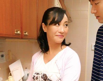 【近親相姦】セックスレスなムコと欲求不満のお義母さんの当然の成り行き♡絶倫カップル~家庭内不倫の鬼畜姦ヤバイ♡